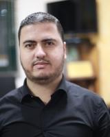 الصحفي محمود هنية
