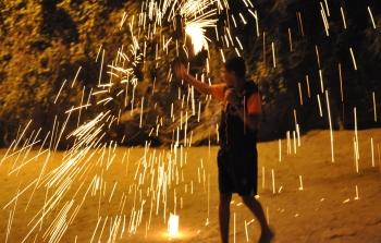 الالعاب النارية رمضان أطفال